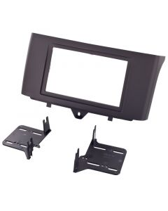 Metra 95-8720B Double DIN Car Stereo Installation Kit - Trim panel with brackets